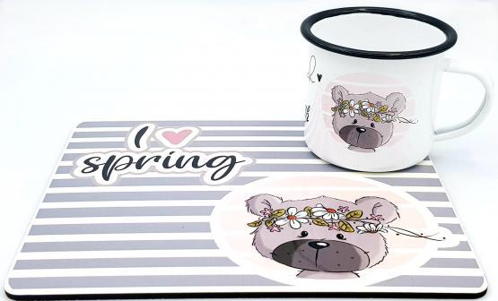 Tischset mit Blechtasse Frühlingsbär mit Namen im Emaille-Look emma❤pünktchen Metall mit Emaille Look