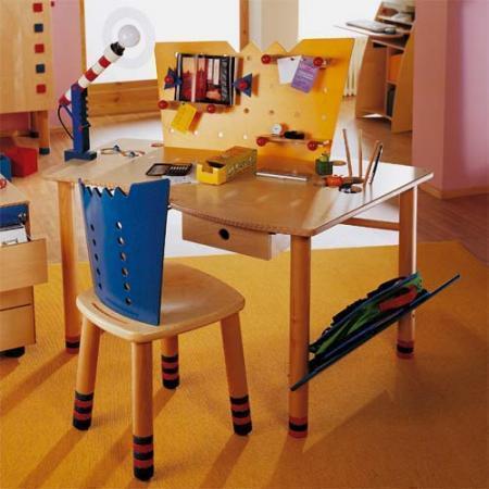 haba kinderschreibtisch skribbel 2015 tisch und stuhl. Black Bedroom Furniture Sets. Home Design Ideas