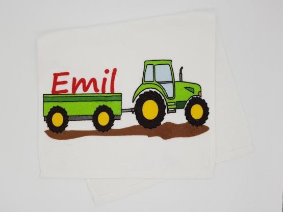 Kinderhandtuch Traktor grün mit Wunschname - personalisiertes Trecker Schlepper für kleine Landwirte und Treckerfahrer