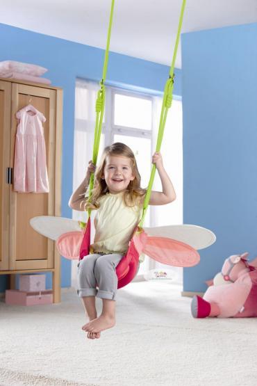 haba schaukel kleine elfe rot rosa spielzelte schaukeln. Black Bedroom Furniture Sets. Home Design Ideas