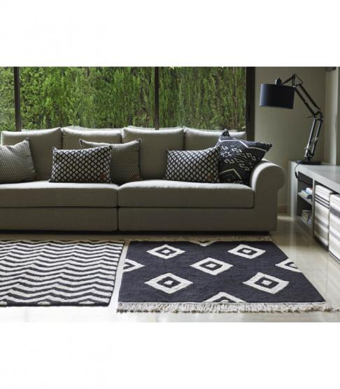 lorena canals teppich zig zag schwarz wei lorena canals teppiche. Black Bedroom Furniture Sets. Home Design Ideas
