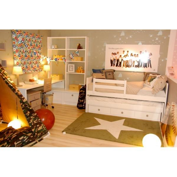 lorena canals kinderteppich gro er stern gr n wei lorena canals teppiche. Black Bedroom Furniture Sets. Home Design Ideas