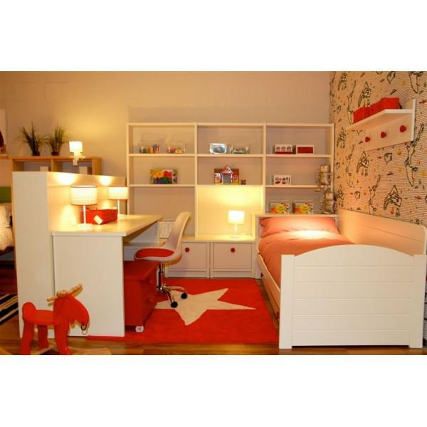 lorena canals kinderteppich gro er stern rot wei lorena canals teppiche. Black Bedroom Furniture Sets. Home Design Ideas